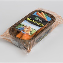 carrots - plastic tray with flopack film